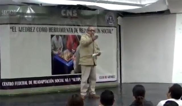 """VIDEO; Reaparece """"La Tuta"""" líder de Los Caballeros Templarios dando discurso en el Altiplano  a reos"""