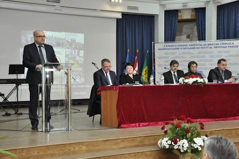 Az anyanyelvű oktatás problémáit és fejlesztési terveit vitatta meg a KMPSZ XXVII. Közgyűlése Beregszászon