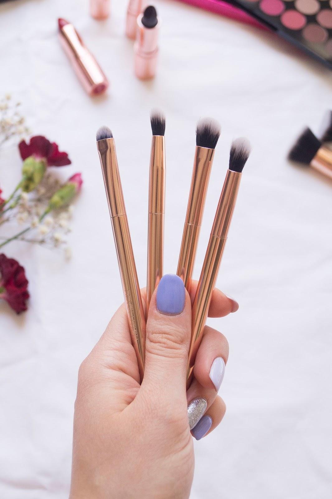 Makeup Revolution Ultra Metals Go Eye Contouring