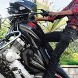 Two killed in bike racing on New Year's eve in AP