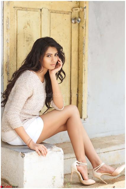 Deepa Sannidhi Portfolio for  Exclusive 01.JPG