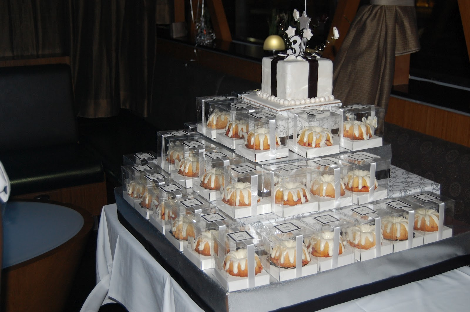 Incredibundts Amp More Mini Bundt Tower And Gift Box Cake