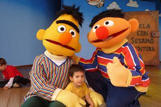 Joel con Epi y Blas.