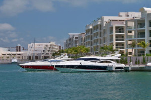 Cancun boats to rent