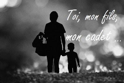 Photo d'une mère et son fils avec poème