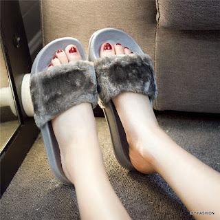 model Sandal Wanita Plip Plop kekinian
