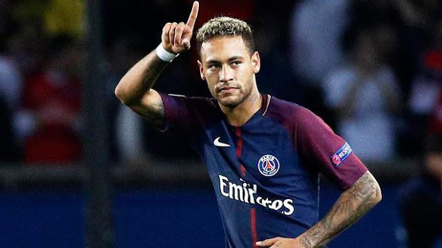 """Choáng Neymar lương 87 tỷ đồng/tháng, PSG """"rải tiền"""" số 1 hành tinh 1"""
