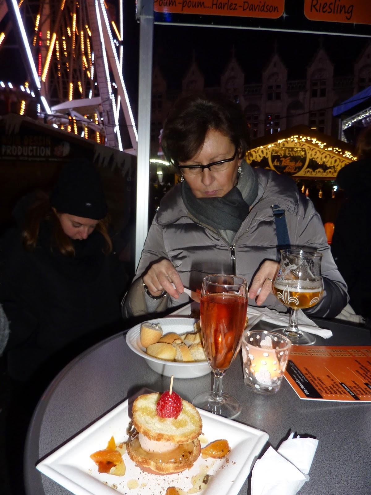 Liegi, street food al Village de Noel- Foto di Amalia Brancart