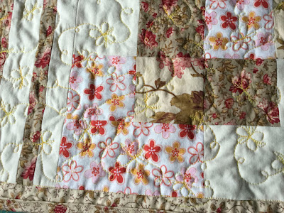 Free motion quilting on the classic side of the placemat