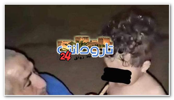 """صادم…. أب يعلم طفلته الرضيعة تدخين """"السبسي"""" ونشطاء يطالبون بإعتقاله"""