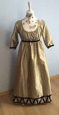 1790's figured silk gown with velvet trim