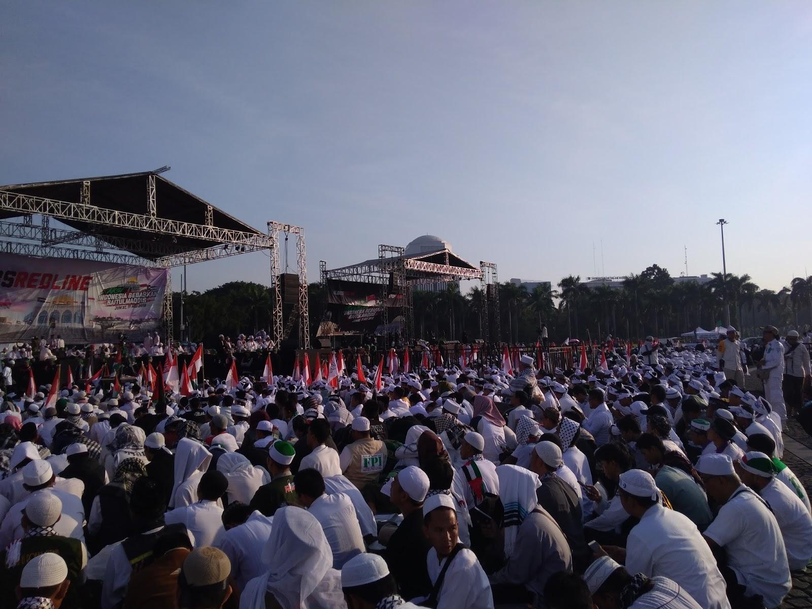 Aksi Indonesia Bebaskan Baitul Maqdis, Suasana Monas Mendadak Sejuk