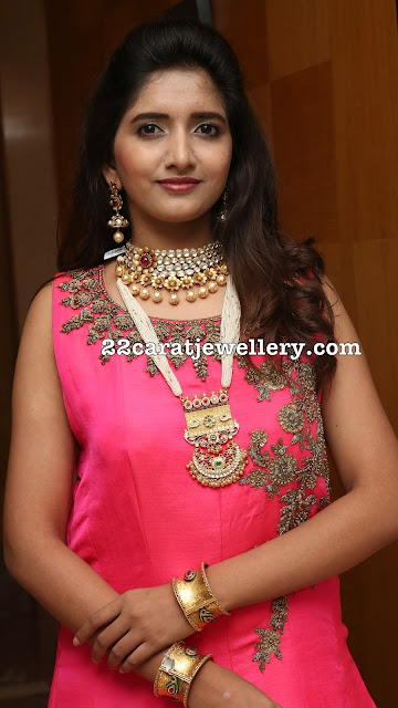 Priya Murthy in Polki Choker