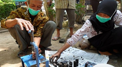 Pemanfaatan Limbah Sabut Kelapa sebagai pembuatan briket lingkungan