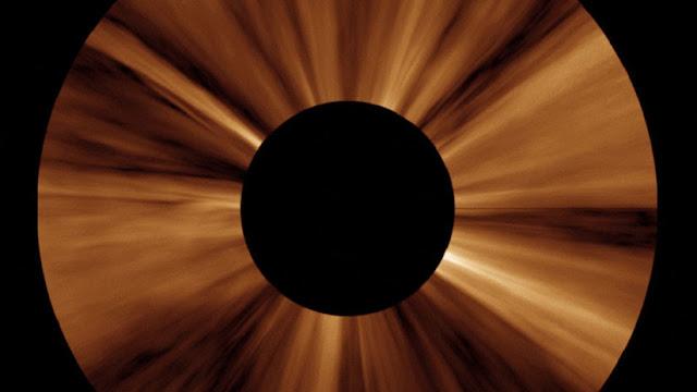 Detectan estructuras nunca antes vistas en la corona del Sol