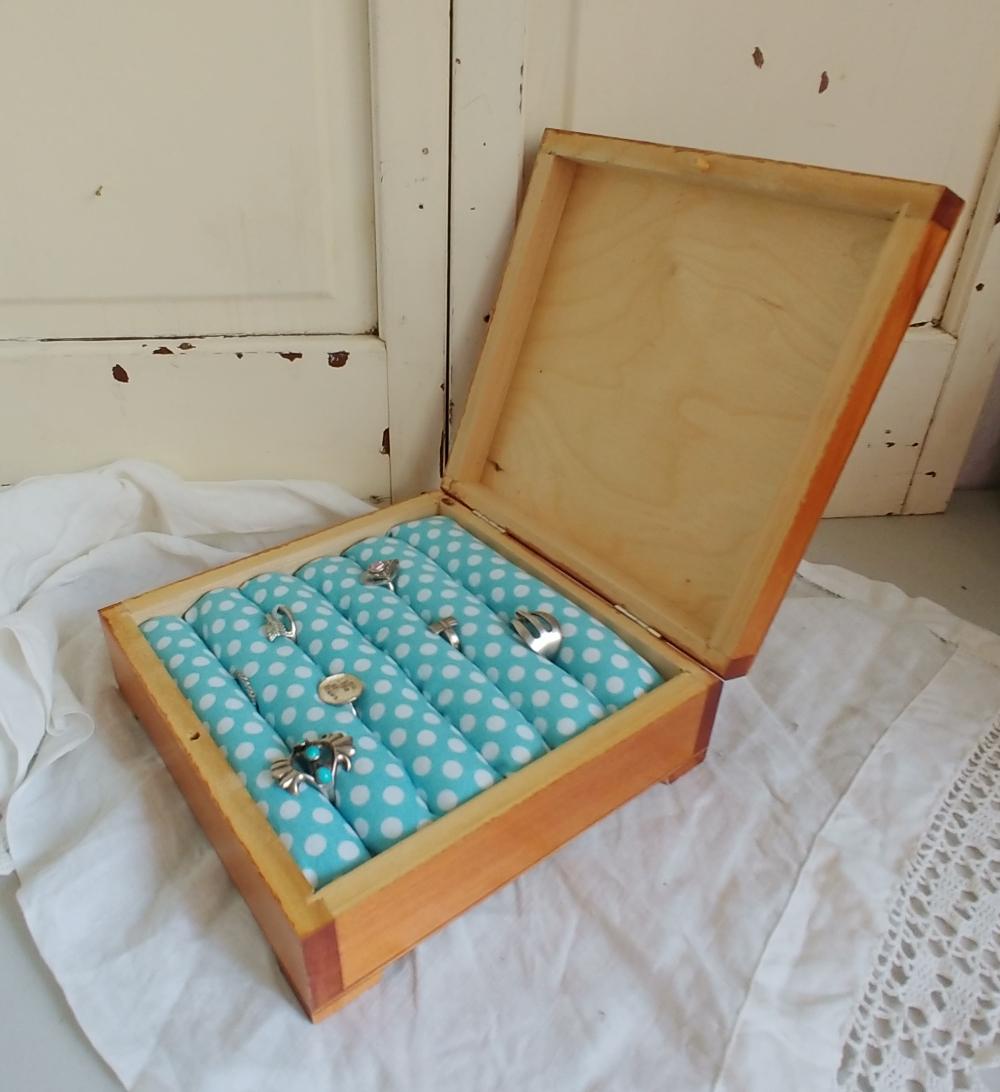 DIY ring storage box