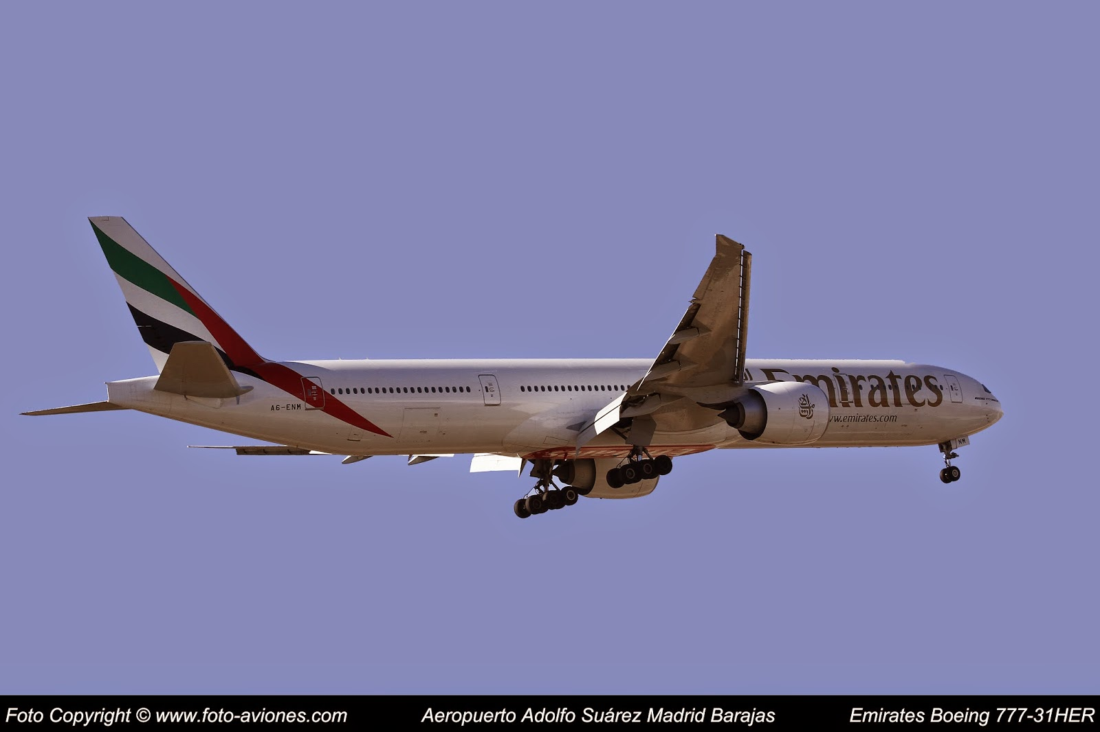 Boeing 777 A6-ENM