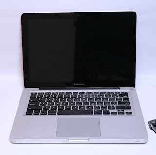 MacBook Pro Core i7 | 13 Inch | SSD 128