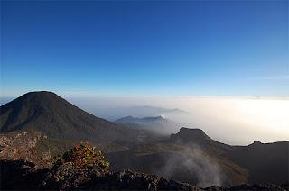 Jalur Pendakian Gunung Gede Lewat Cibodas
