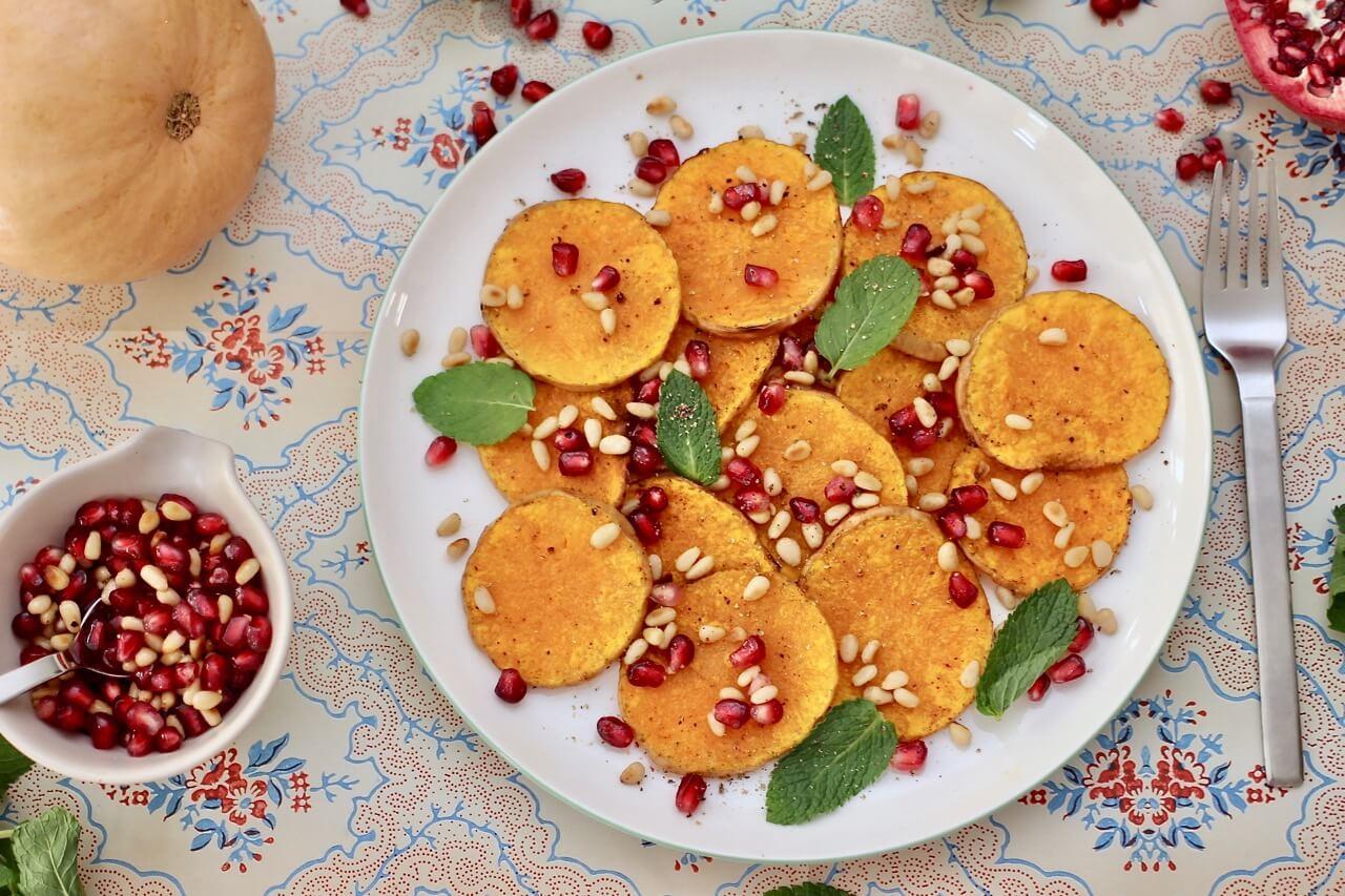 Rezept Kürbissalat mit Granatapfelkernen