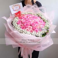 bunga valentine, mawar pink valentine, buket bunga dan cokelat, buket bunga ferrero rocher, buket bunga mawar, bunga mawar valentine, handbouquet mawar, buket rose, toko bunga, florist jakarta, toko bunga jakarta barat
