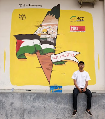 Halus Kasar Bantu Palestina Lewat Mural Art
