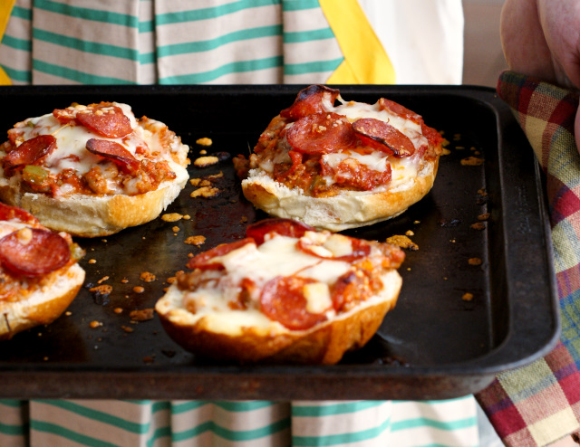 Meat Lover's Stuffed Pizza Bread   thetwobiteclub.com   #FallforFlavor #ad