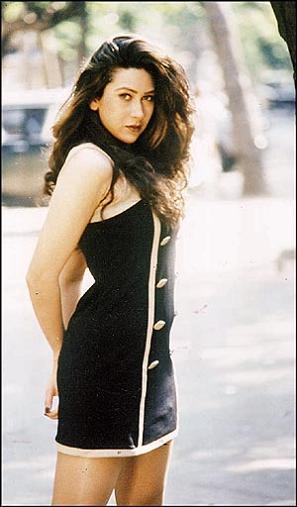 Bollywood Masala World Hot Karishma Kapoor Photos, Pics -6334
