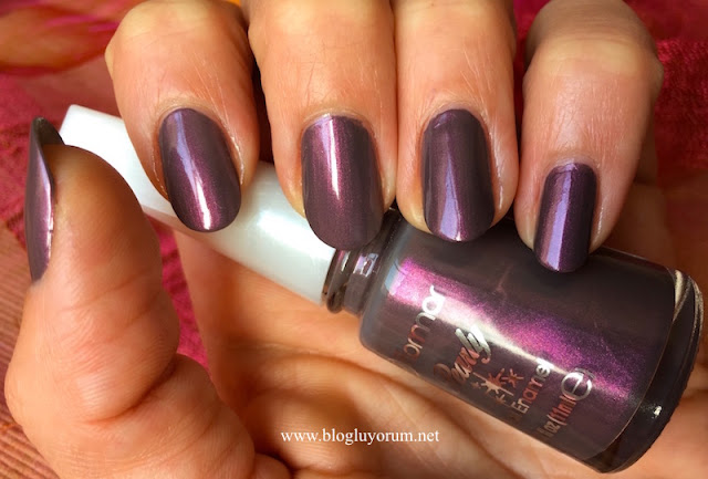 flormar pearly PL418 chrome purple oje swatch