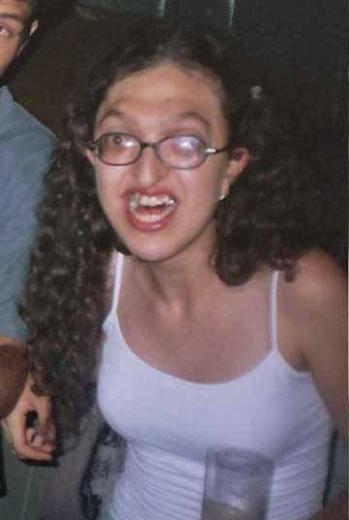 gambar foto wanita cewe perempuan paling gila paling unik paling aneh paling lucu dan paling gokil di dunia-22