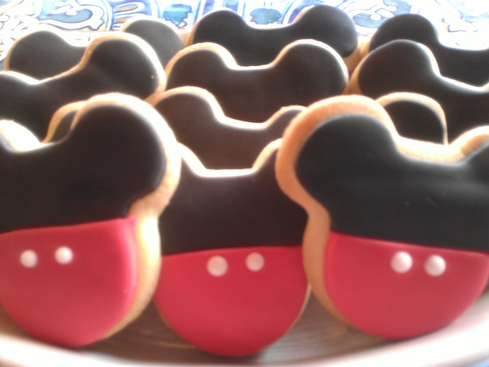 Las Galletas De Ani Galletas Decoradas Mickey Mouse Y Hello