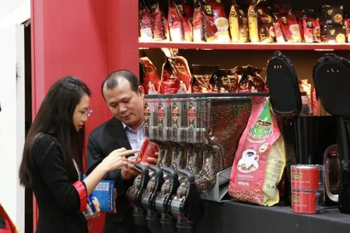 Trung Nguyên ra mắt các dòng sản phẩm cà phê mới thuộc nhãn hiệu King Coffee tại Singapore - Ảnh 2