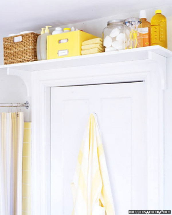 29 brilliant bathroom organization and diy storage for Storage solutions for small bathrooms