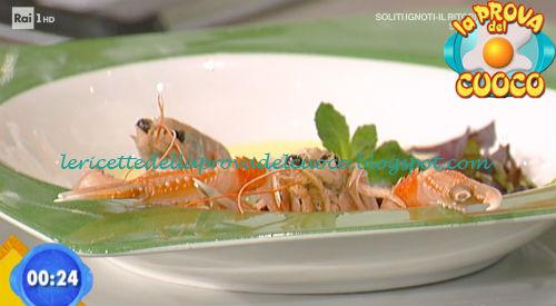 Fonduta di provolone con scampo crudo e confettura di peperoncino ricetta Giunta da Prova del Cuoco