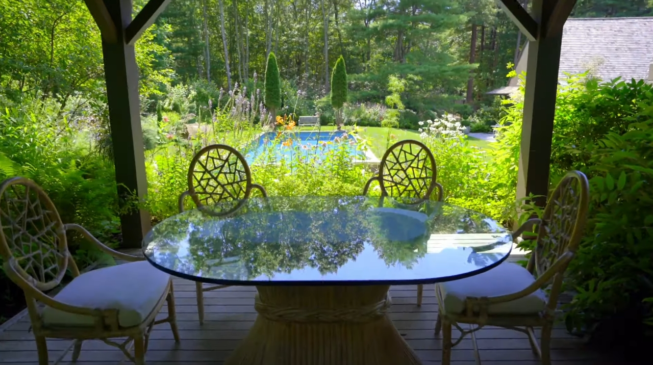 22 Photos vs. 2225 Deerfield Rd, Sag Harbor, NY vs. Home Interior Design Tour