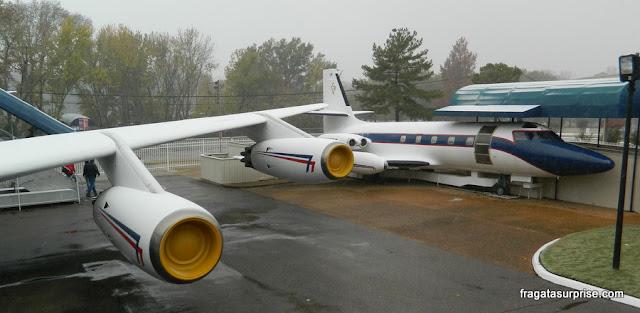 Hound Dog II, avião de Elvis Presley exposto em Memphis