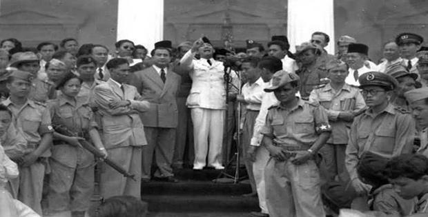 Indonesia Pada Awal Kemerdekaan dalam Bidang Politik