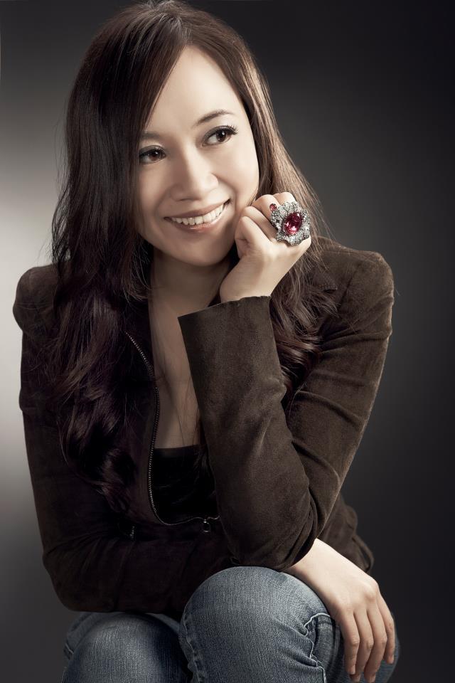 Coco 的美術館: 胡茵菲Anna Hu用音樂創作珠寶
