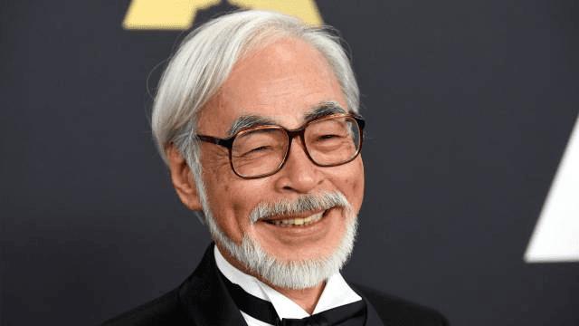 hayao miyazaki mendapat berbagai macam penghargaan