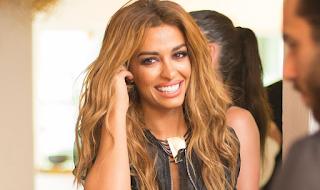 Δεν φαντάζεστε πώς είναι η Αλβανίδα τραγουδίστρια χωρίς μακιγιάζ και ρετούς! ΦΩΤΟ