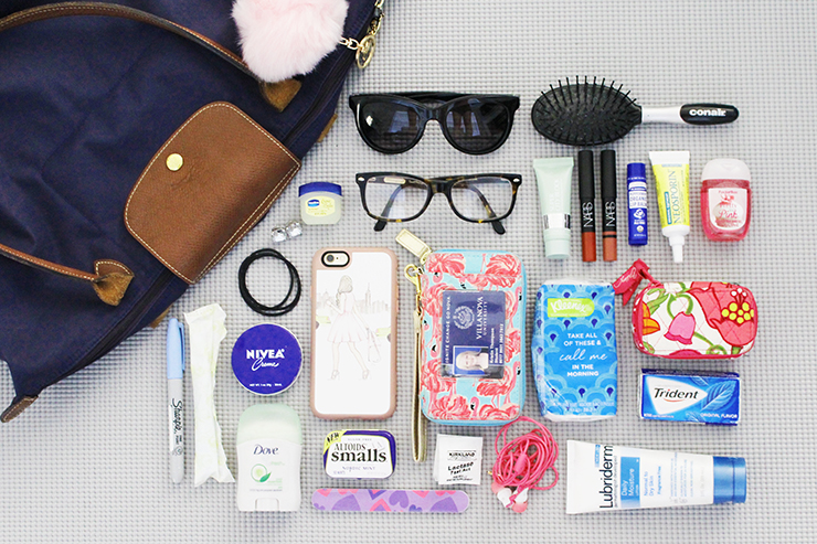 What Should I Carry In My Handbag