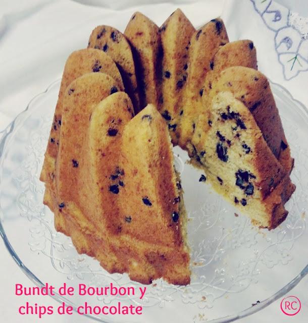 BUNDT-CAKE-DE-BOURBON-Y-CHIPS-DE-CHOCOLATE-BY-RECURSOS-CULINARIOS