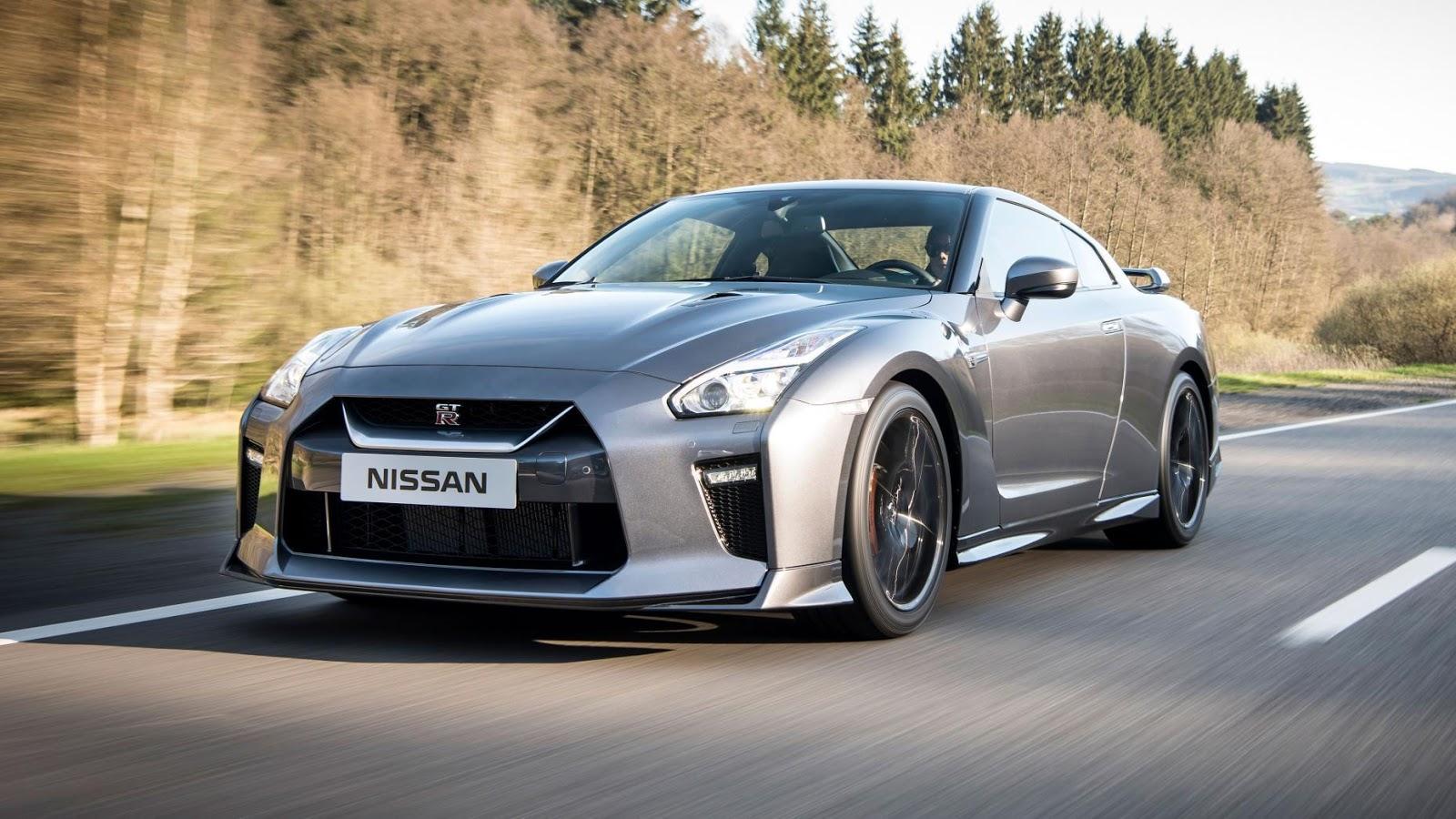 Nissan GT-R 2017 vừa chính thức ra mắt và hứa hẹn sẽ lại tạo nên cơn sốt mới