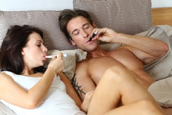 thuốc lá điện tử và chuyện ấy