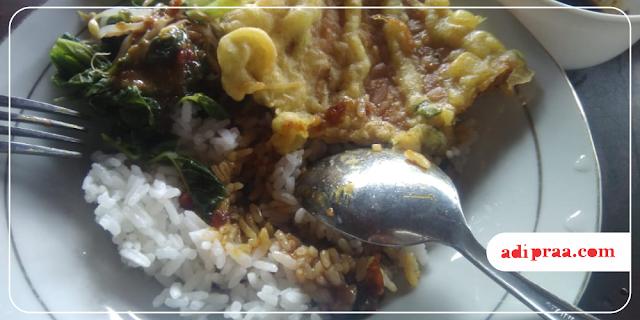 Nasi, Lotek dan Tempe Mendoan | adipraa.com