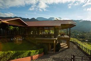 Best-honeymoon-resorts-hacienda-alta-gracia