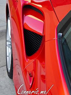 Ferrari 488 GTB Side scoops