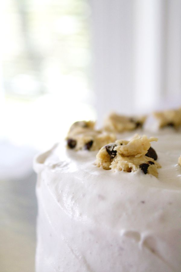 chocolate-chip-cookie-dough-cake-recipe-gluten-free