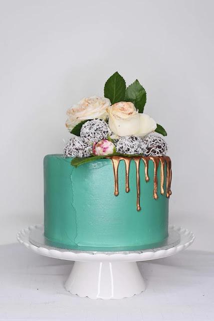 GOLD COAST WEDDING CAKES BESPOKE CAKE DESIGNER