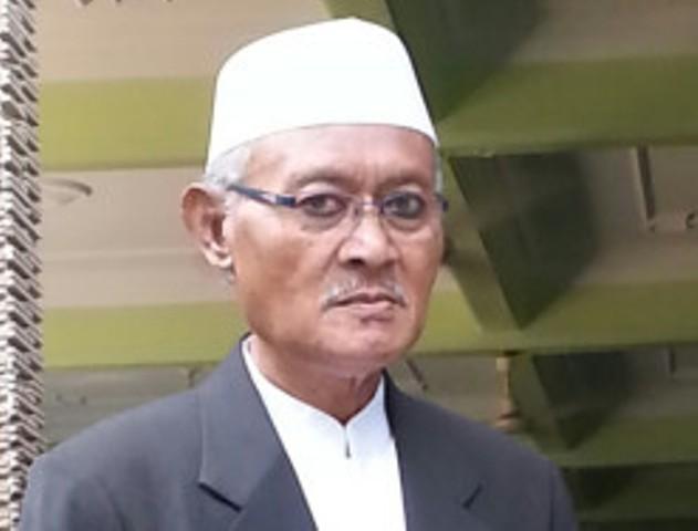 KH. A. Nafi' Abdillah Salam Menjaga Etika Kenabian Dan Kearifan Lokal